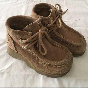 Cute beige boots
